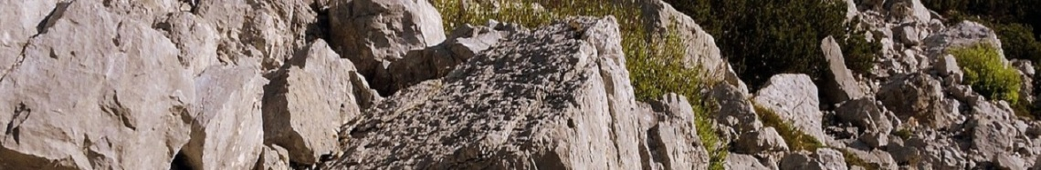 rocks-1648115_1280